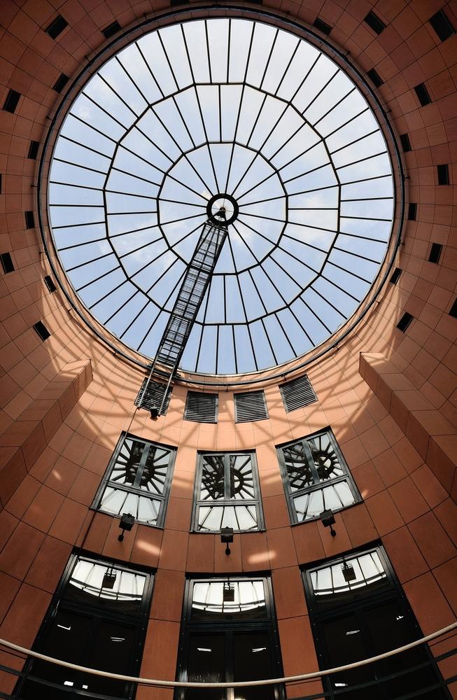 Rotunde über dem Eingang vom Pfalztheater in Kaiserslautern.