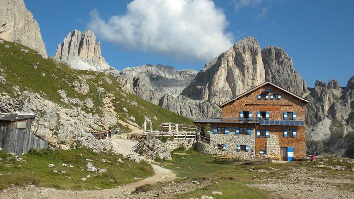 Rotwandhütte, Roda die Vael