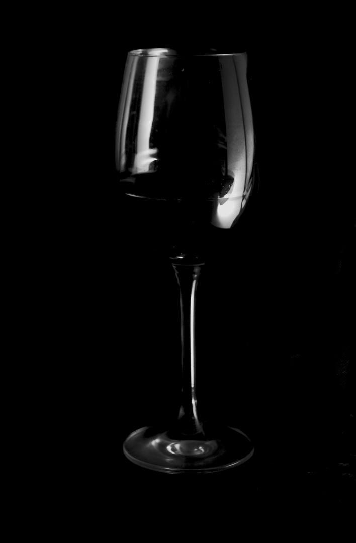 Rotwein im Dunkeln