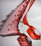 Rotwein-Splash