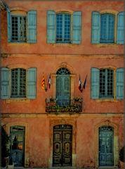 Roussillon: Rathaus - Hôtel de ville