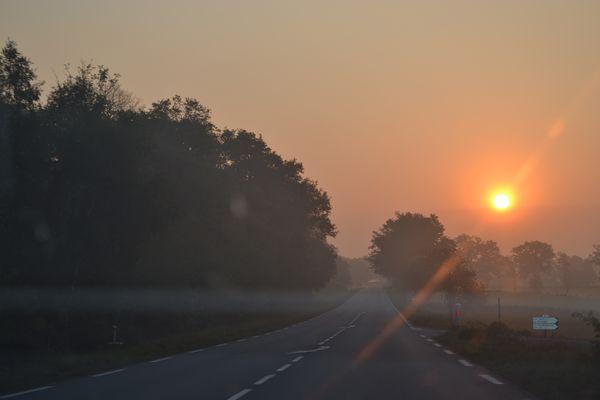 route à l'aube