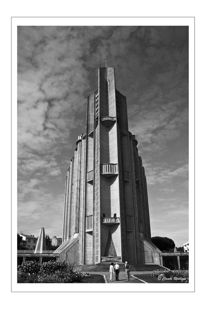 Royan(17) Eglise Notre Dame