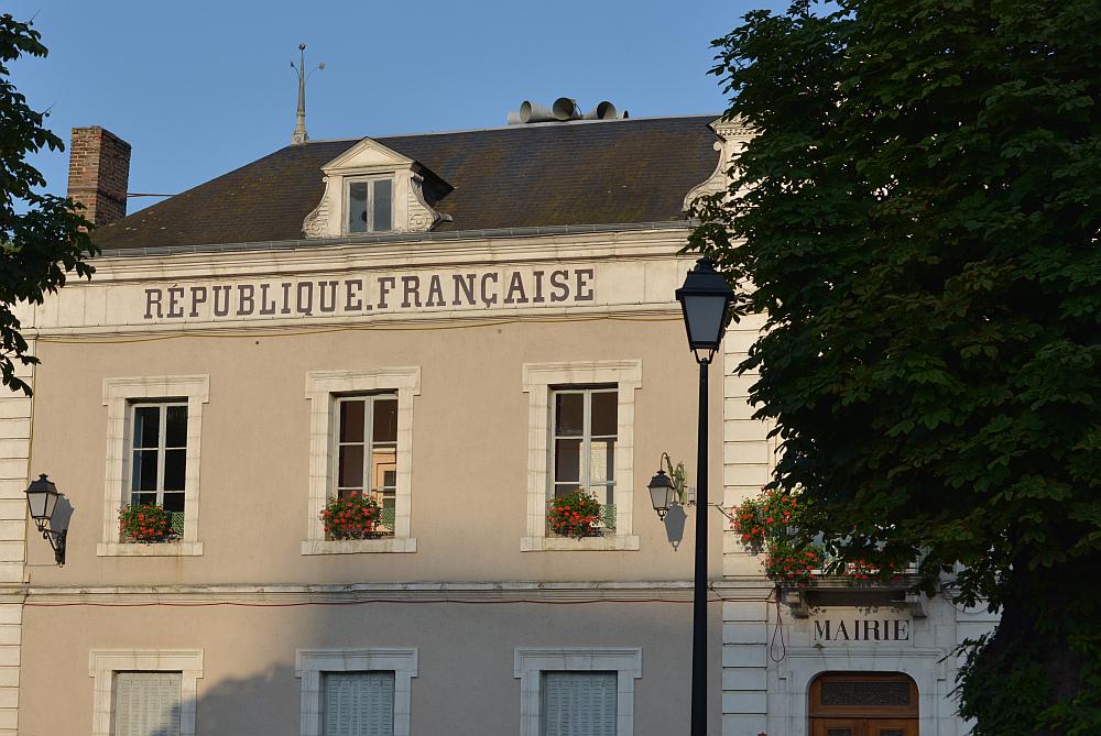 RÉPUBLIQUE.FRANÇAISE