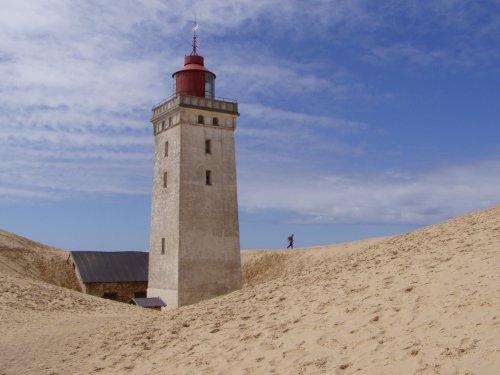Rubjerg Knude DK.      Vom Sand verschüttet
