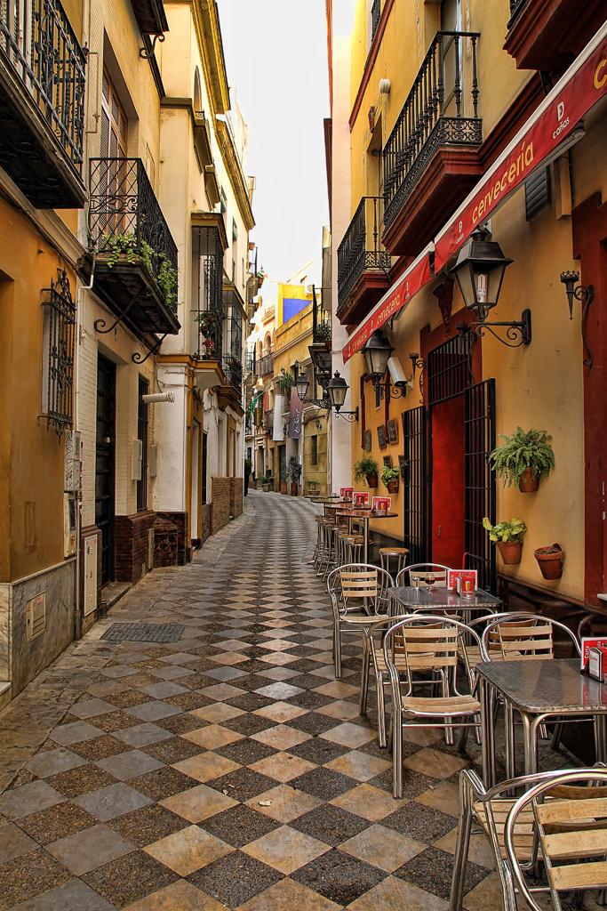 Rue de Malaga