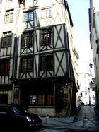 Rue François Miron (2)