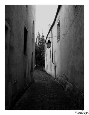 Rue sombre de Beaune