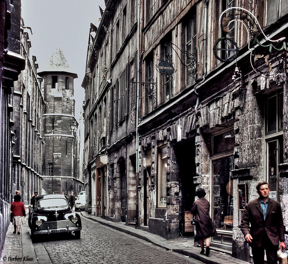 Rue St.Romain