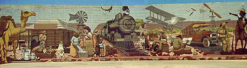 "Rückseite des \""Coles\"" Supermarktes in Alice Springs"
