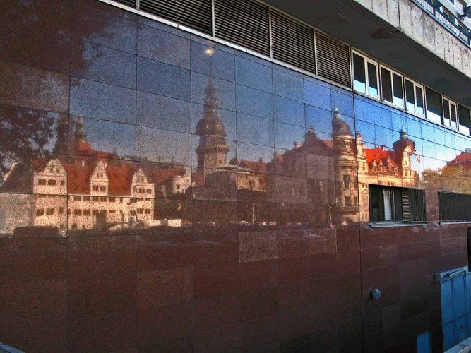 Rückseite des Kulturpalastes in Dresden