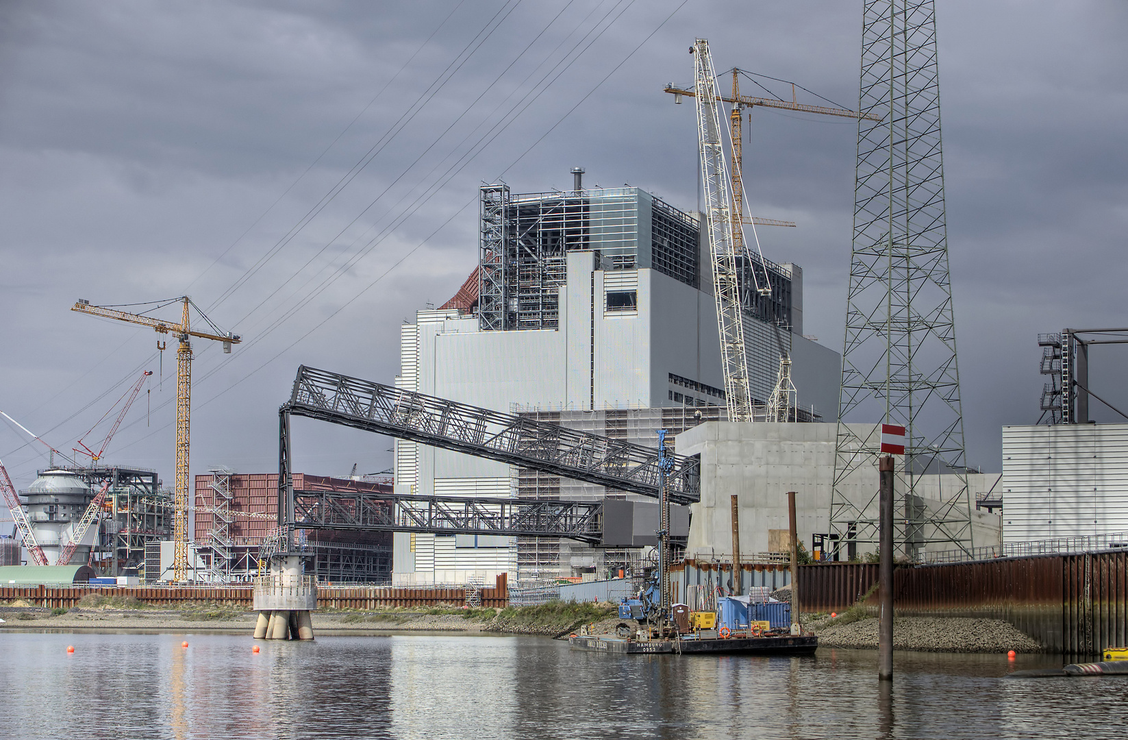 Rückseite Kraftwerk Moorburg