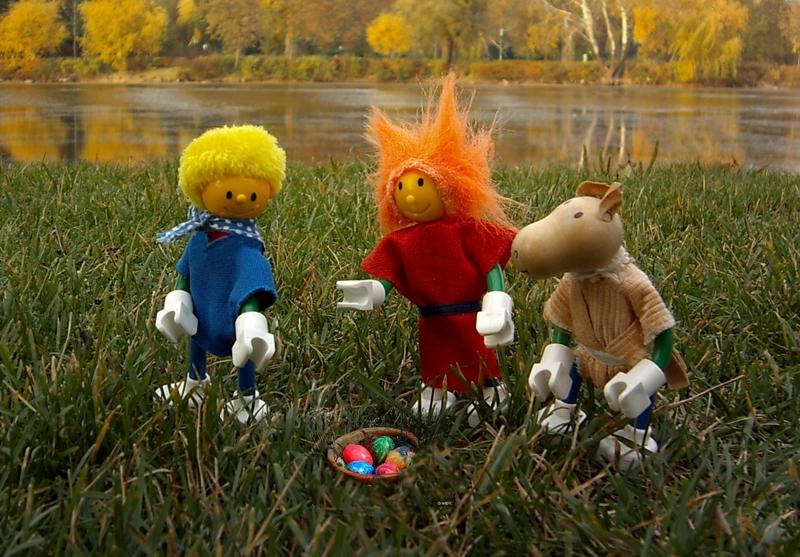 Rüpfchen, Schna und Rover suchen Ostereier