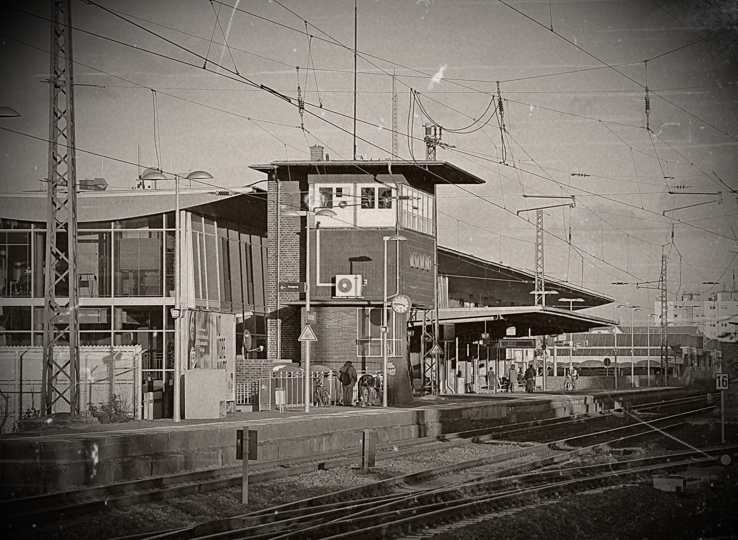 Rüsselsheim Hauptbahnhof, Gleis 1