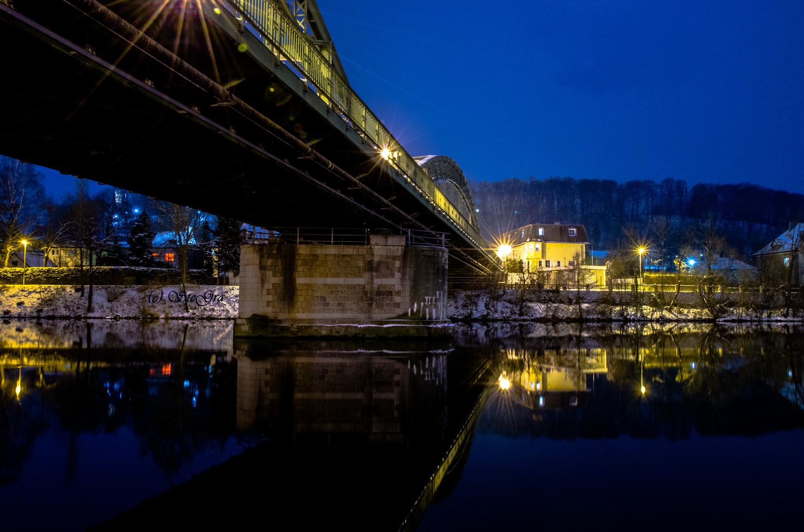 Ruhende Brücke