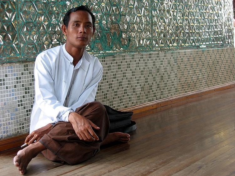 Ruhepause - Schwegadon Pagode - Yangon