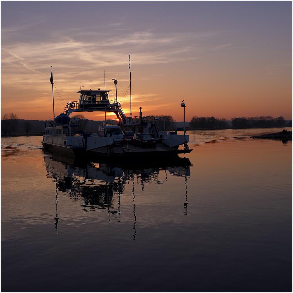 ruhiger Abend am Fluss