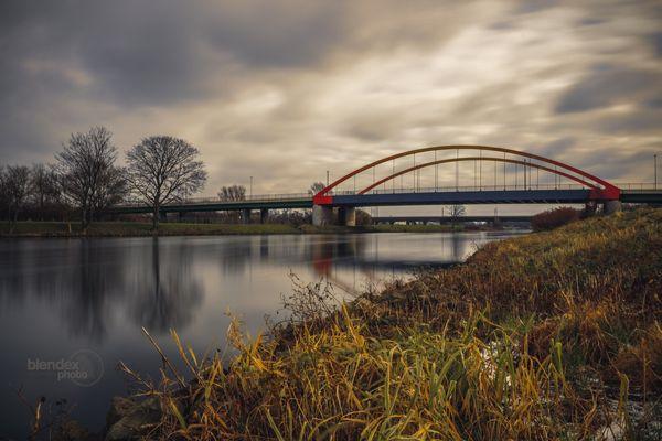 Ruhr bei Duisburg-Duissern