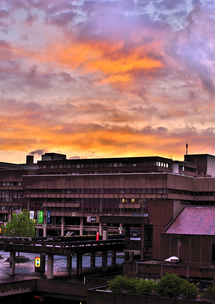 Ruhr-Universität Bochum bei Sonnenuntergang