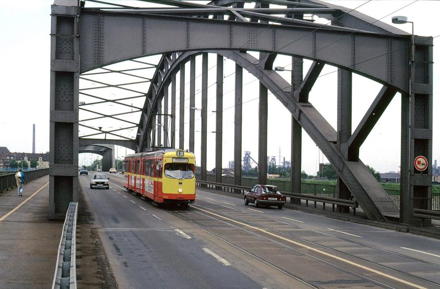 Ruhrbrücken bei Ruhrort