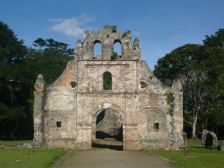 Ruinas del templo de la virgen del Rescate