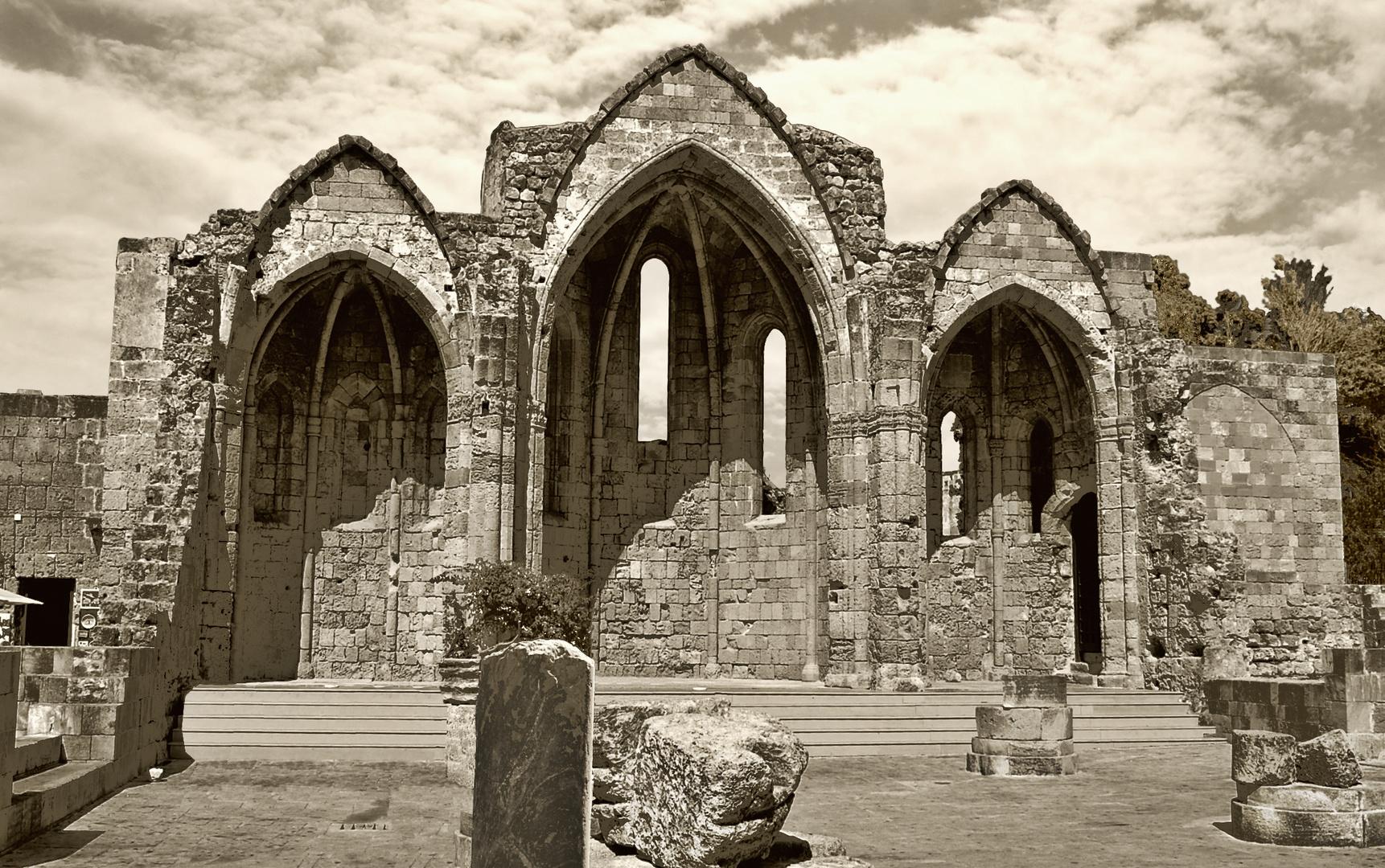 Ruinas en Rodas