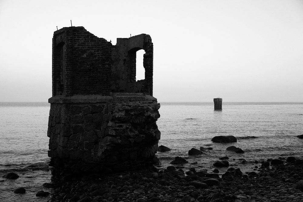 Ruine am Meer