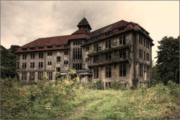 Ruine_am_See_001_dp