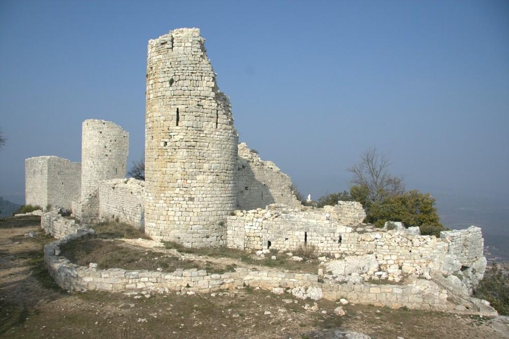 Ruines du Chateau de Rougier (83)