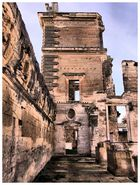 Ruines du château de la Tour d'Aigues