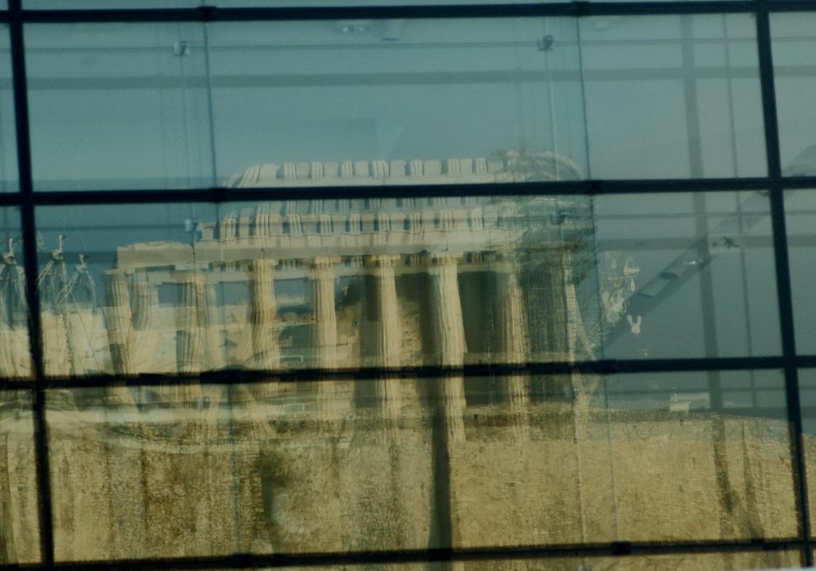 Rund um das Akropolis Museum 6