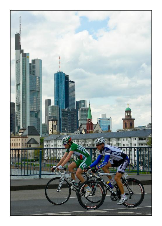 Rund um den Henninger Turm 2008