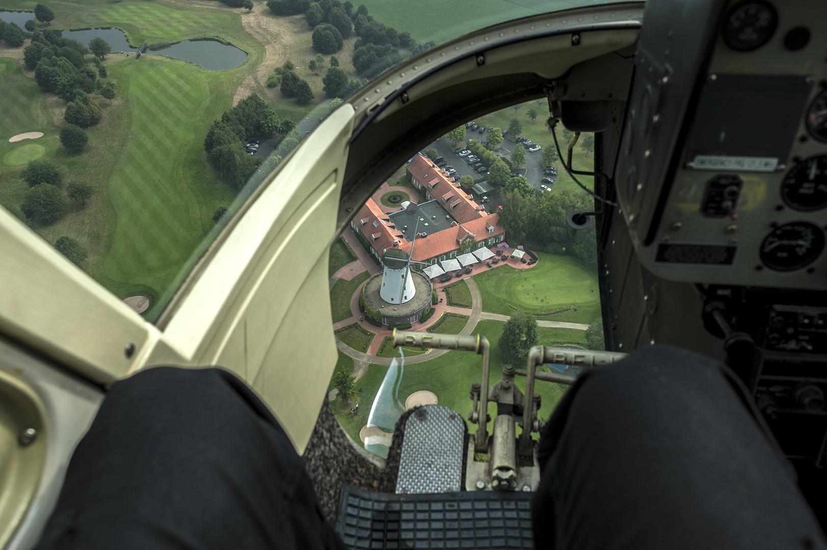 Rundflug mit Hubschrauber Bell Jet Ranger - Foto 8
