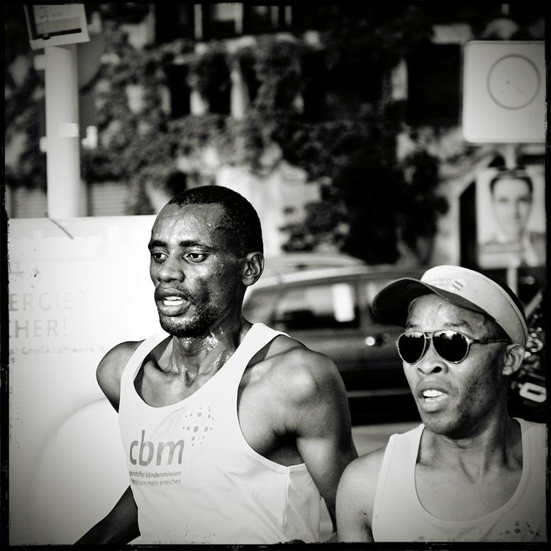 Running men (I)