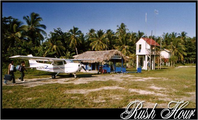 Rush Hour - Buschflugplatz Dom.Rep.