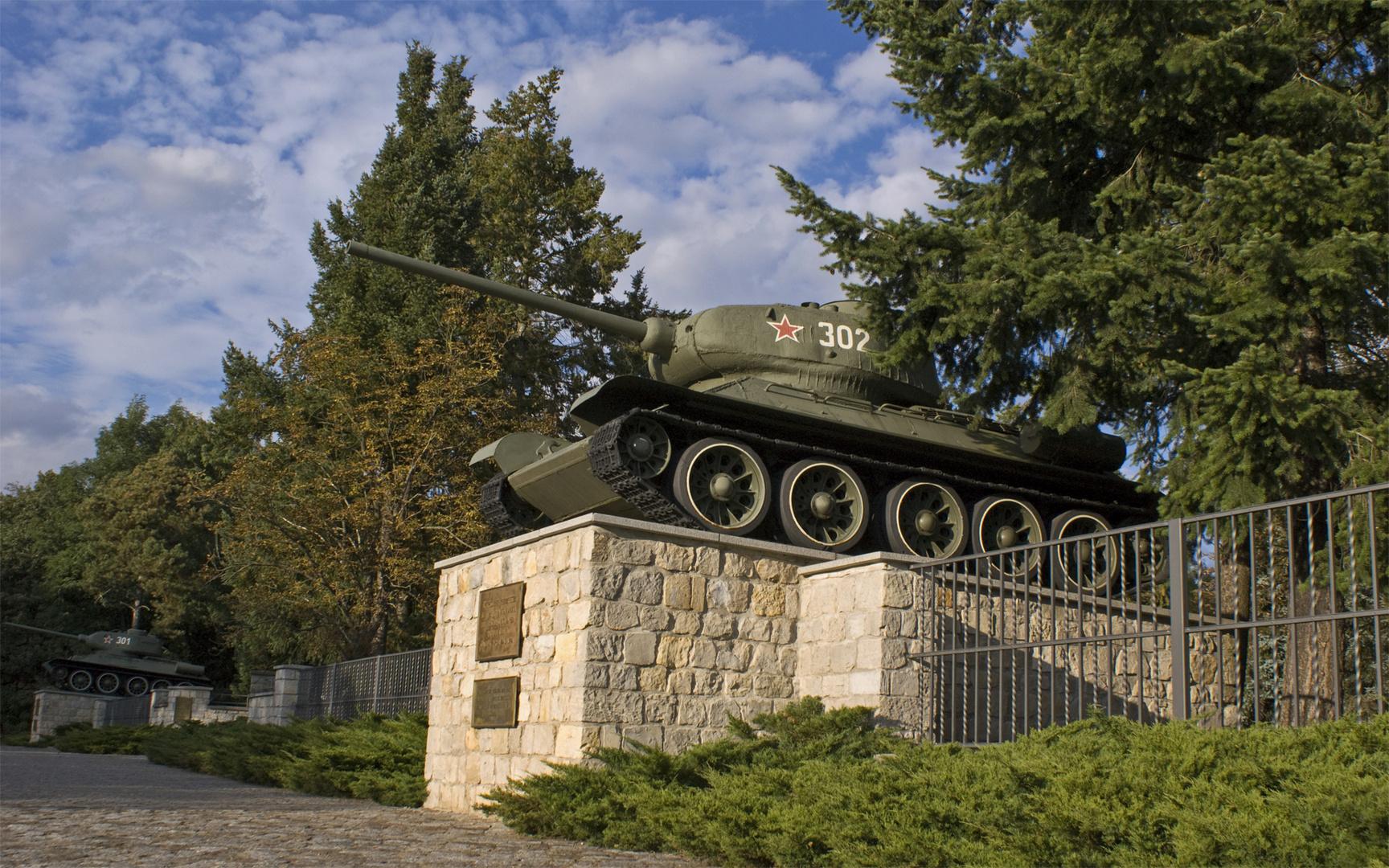 russische Panzer vor Berlin