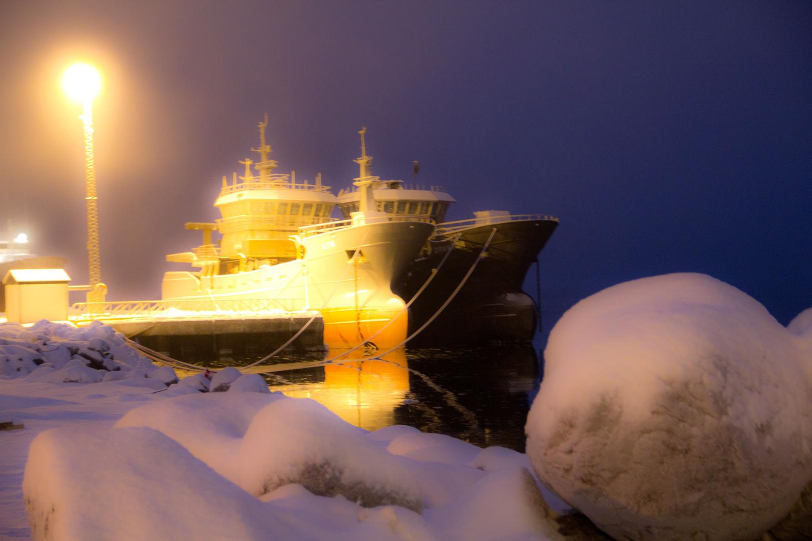russische Schiffe in Kirkenes