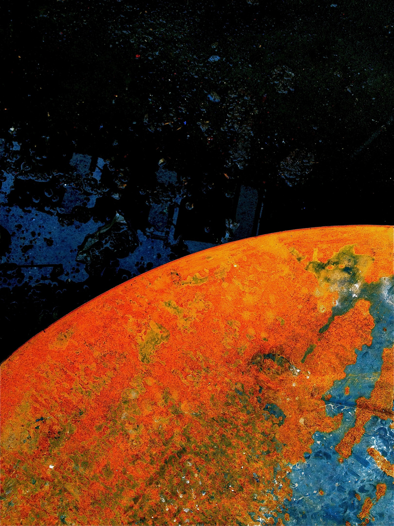 RUST PLANET by Dee Bee Smith (2013)