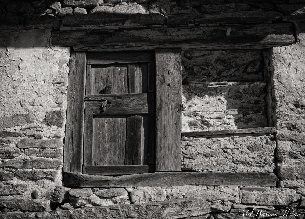 Rustico-Detail- Val Bavona-Ticino
