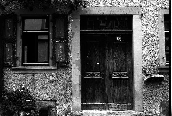 Rustikaler Hausingang