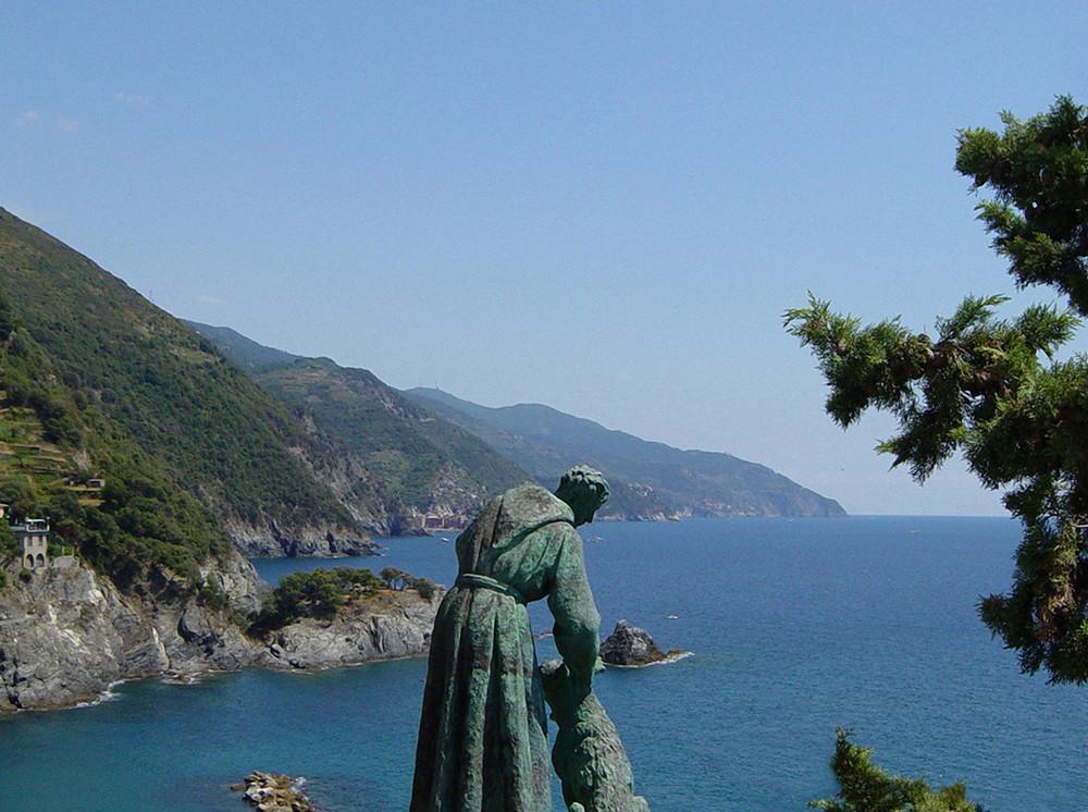 S. Francesco e il lupo . . . al mare