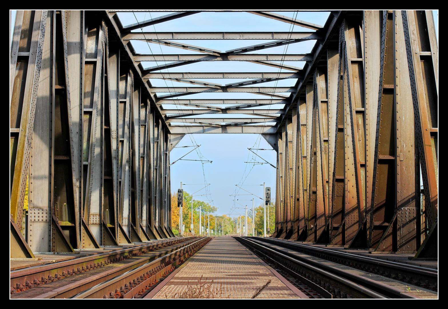 Saalebrücke bei Schkopau