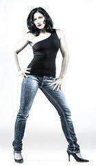 Sabrina cool