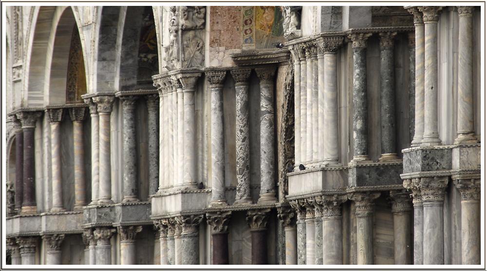 Säulenausstellung
