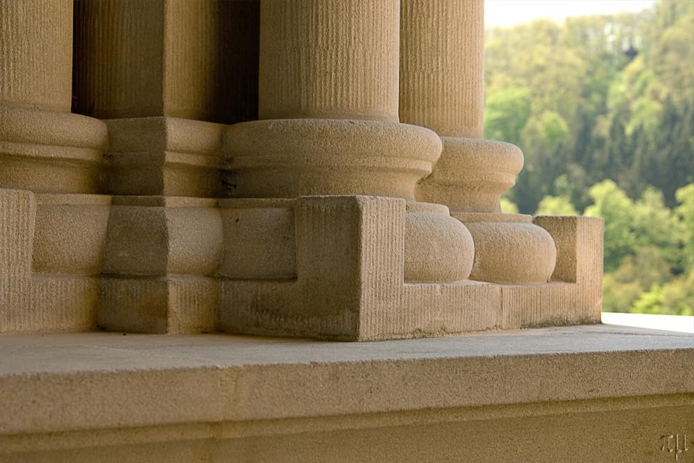 säulenbasis burg vianden