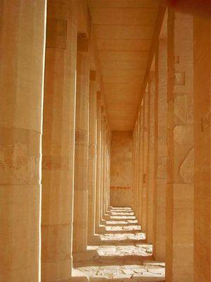 Säulengang Deir el Bahari