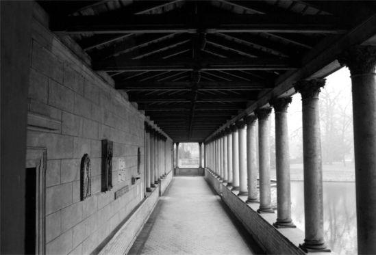 Säulengang Sanssousi