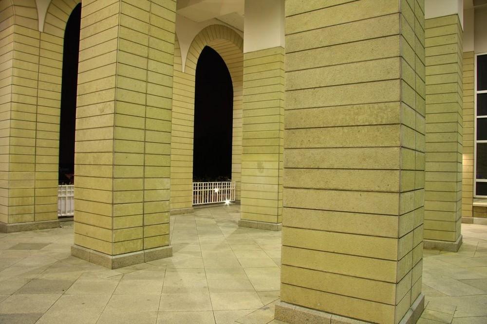 Säulenlabyrinth