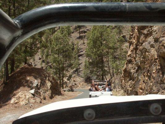Safari Tour durch die Berge