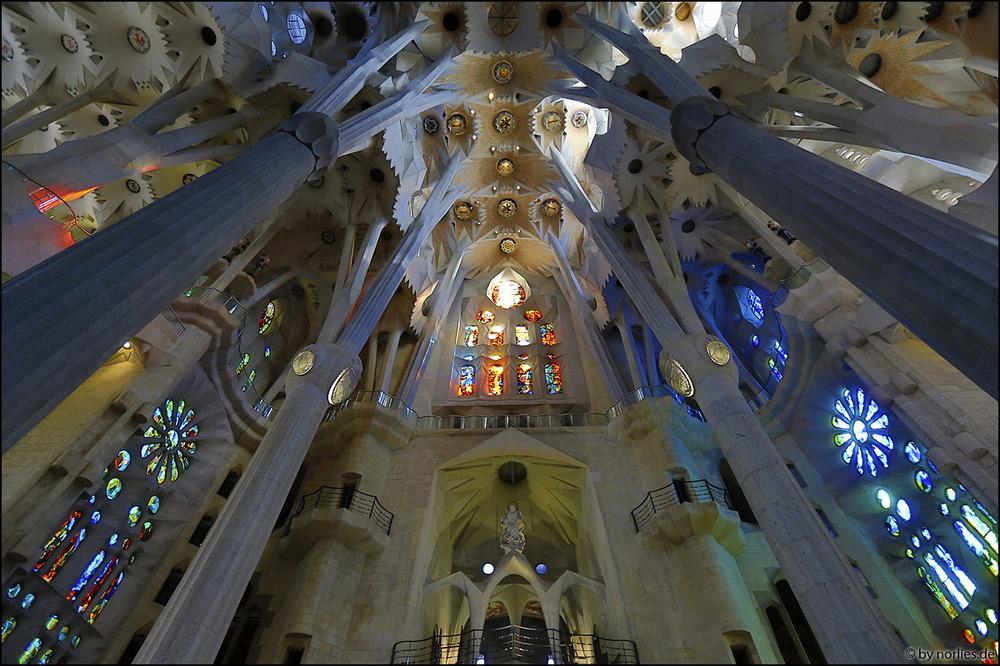 Sagrada Familia - Innenraum Foto & Bild | europe, spain ...